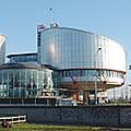 des associations homosexuelles saisissent la Cour européenne des droits de l'Homme